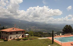 Casa Vacanza con Piscina in Lucca Garfagnana